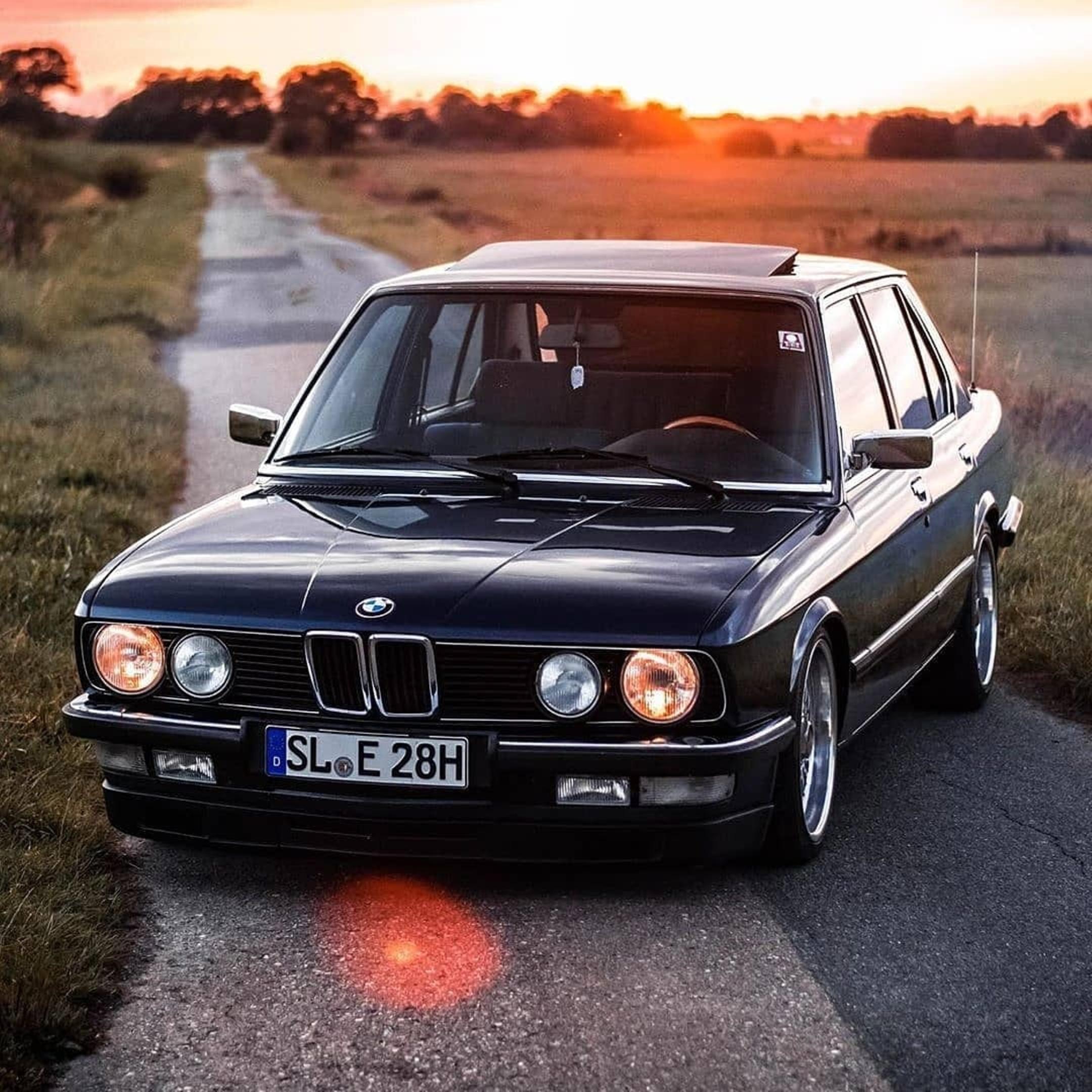 BMW 5 Series 1st gen. E12