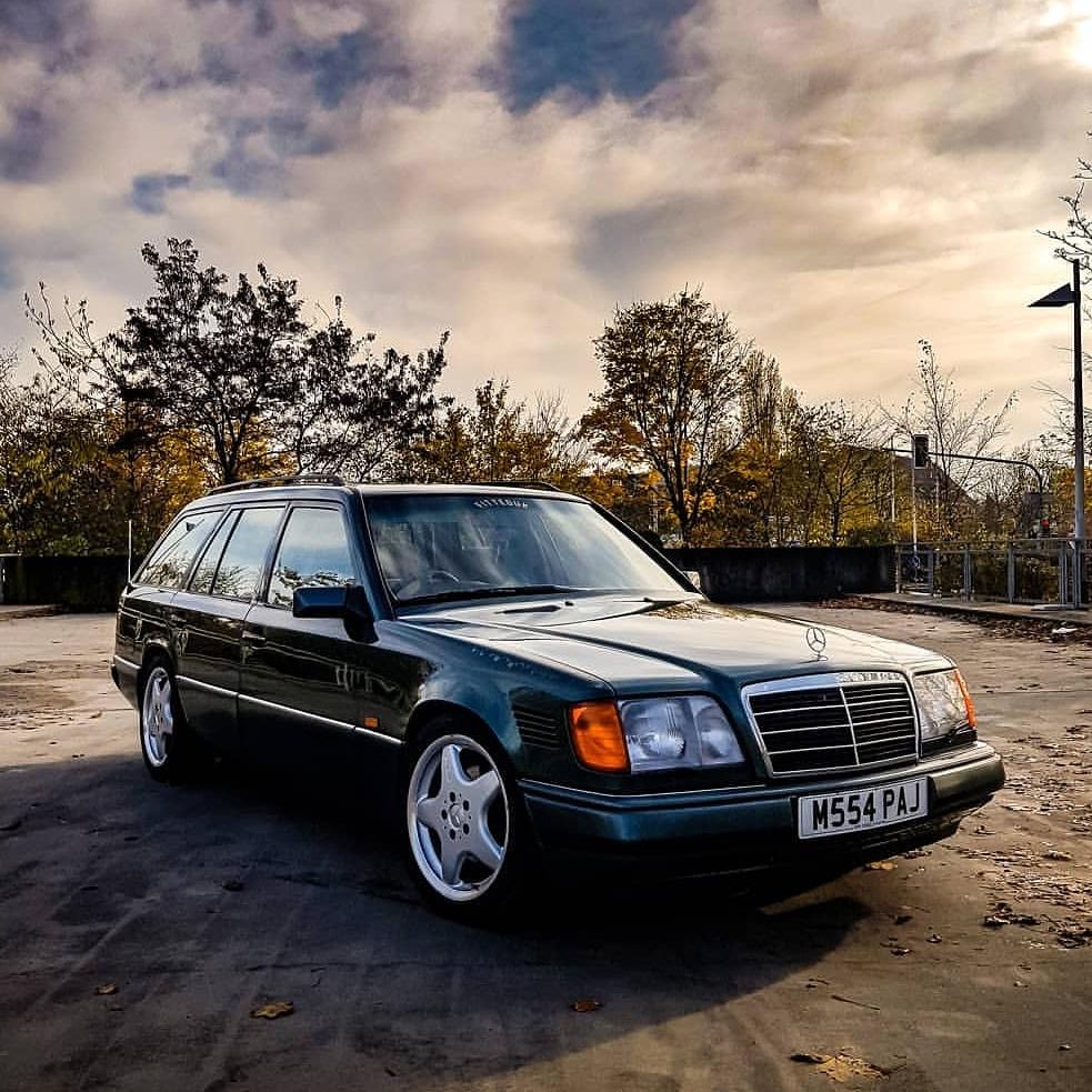 "Mercedes-Benz 300 ""E-Class"" W124"
