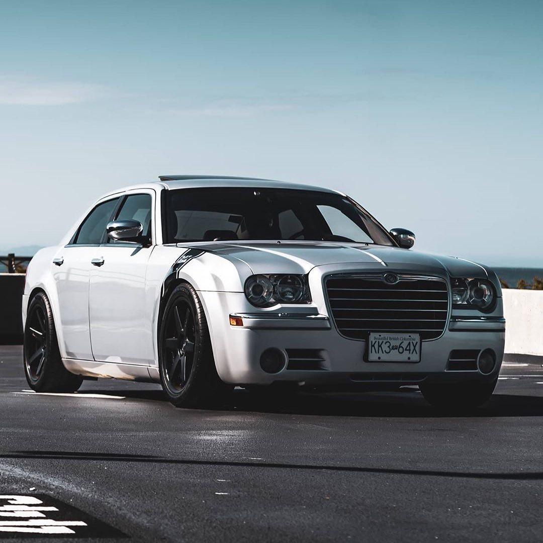 Chrysler 300 C 1st gen.