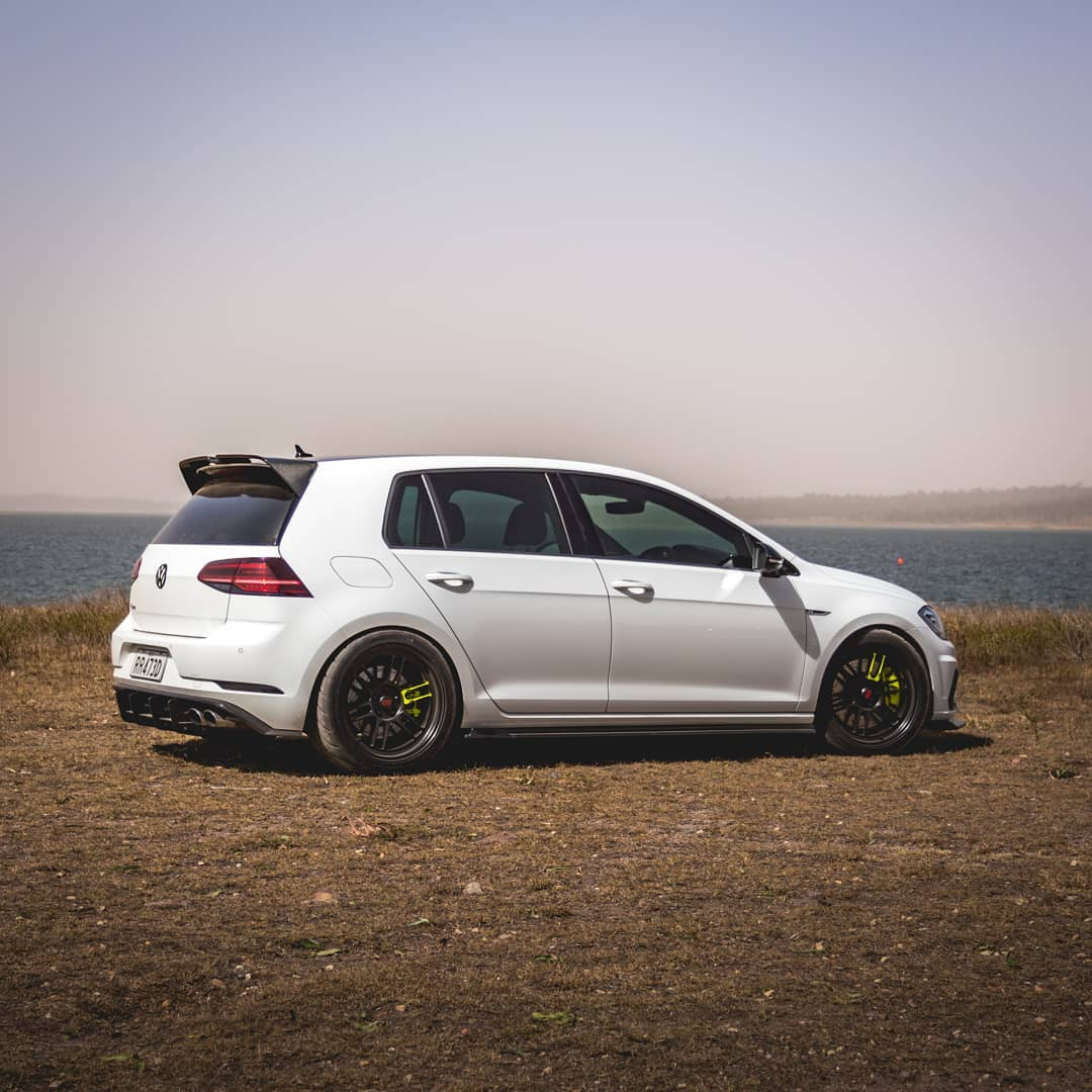 Volkswagen Golf 7th gen. R