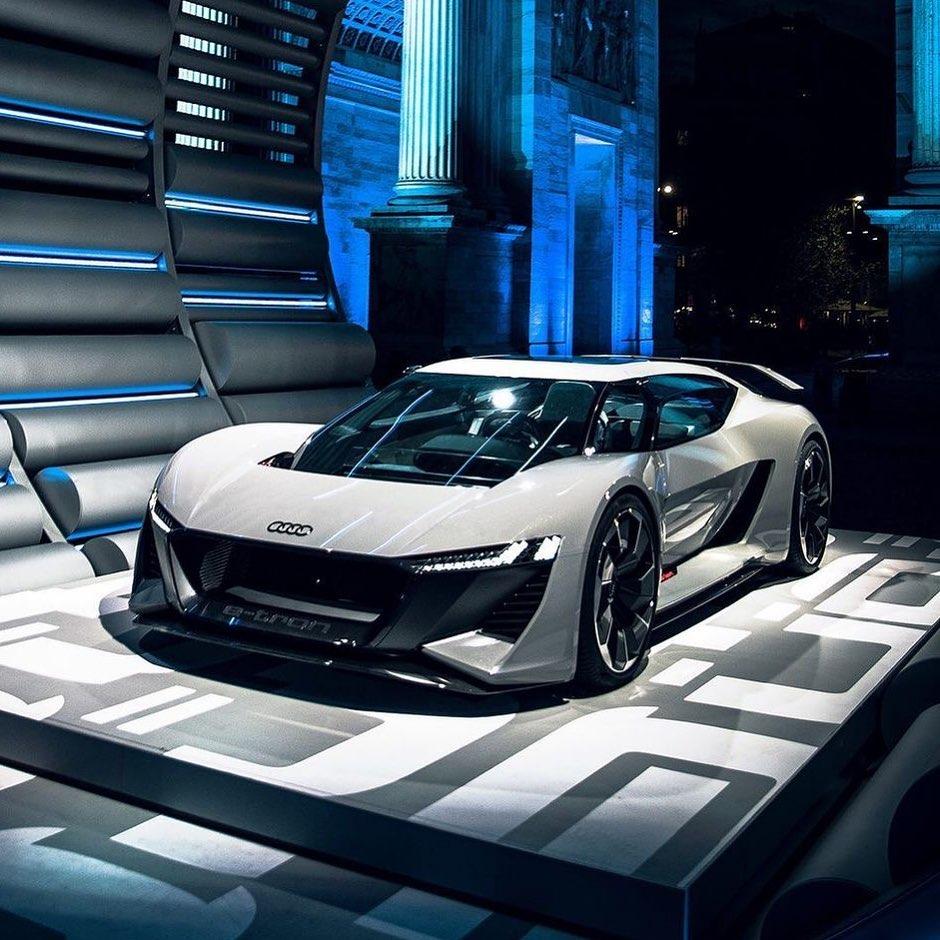Audi AI:RACE (PB18 e-tron) Concept
