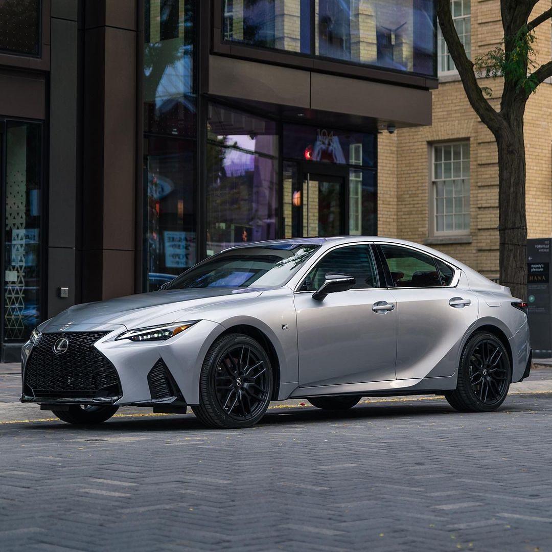 Lexus IS 4th. gen XE40