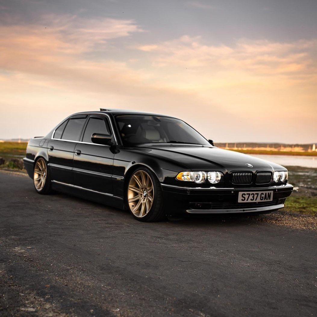 BMW 7 Series 3rd gen. E38