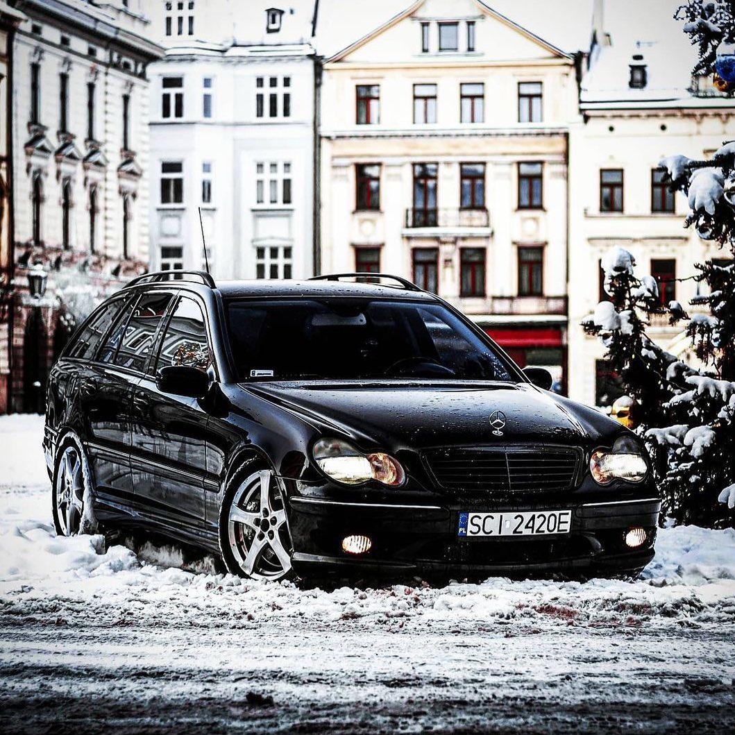 Mercedes-Benz C-Class W203 C32 AMG
